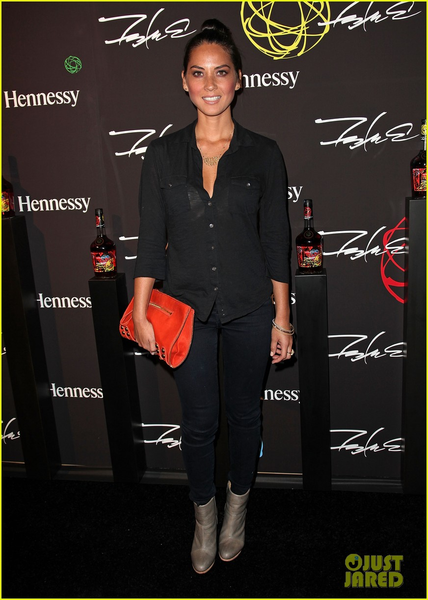 olivia munn jesse williams hennessy vs launch party 04
