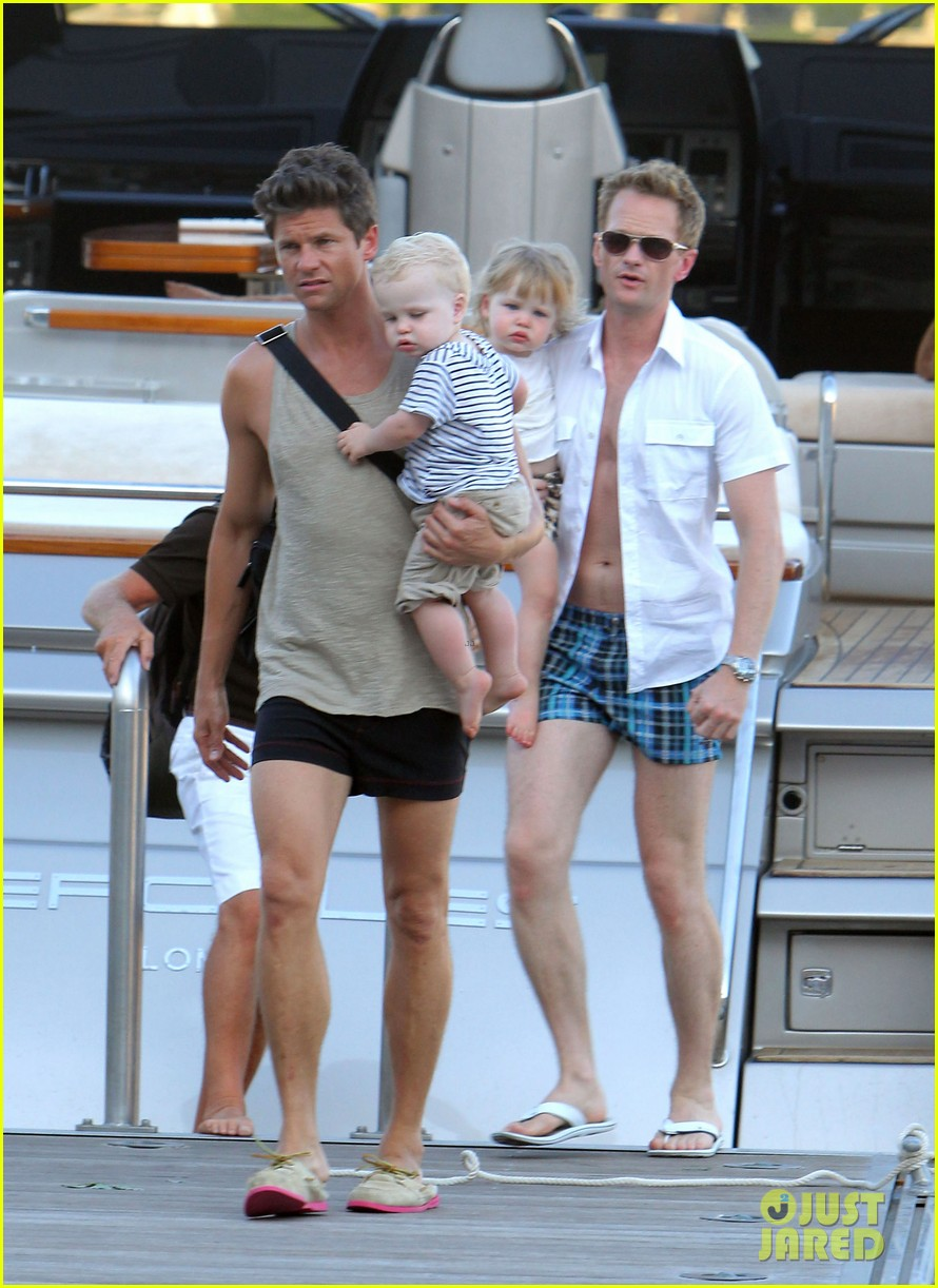 neil patrick harris saint tropez with the family 01