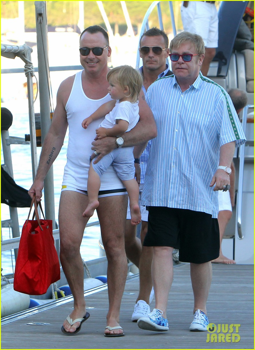 neil patrick harris saint tropez with the family 31