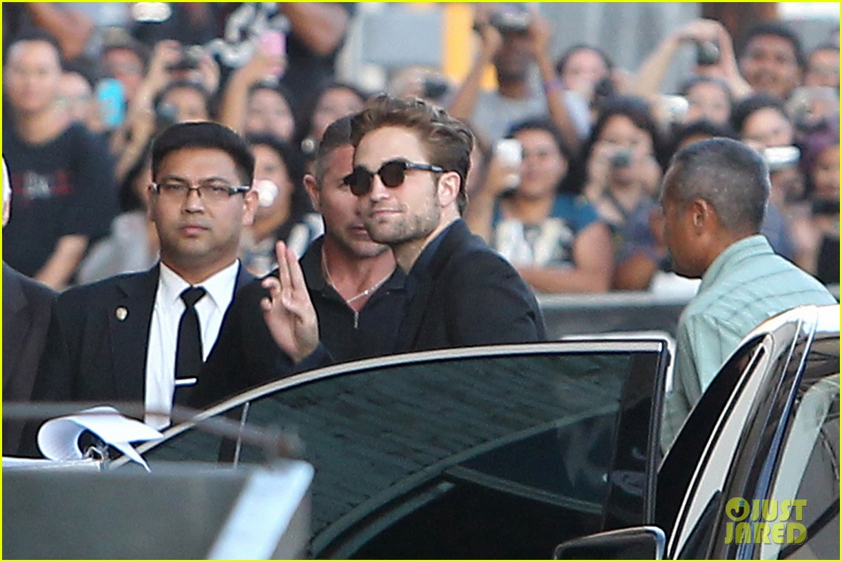 robert pattinson jimmy kimmel live appearance 042707119