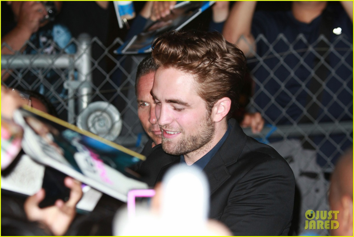 robert pattinson jimmy kimmel live appearance 052707120