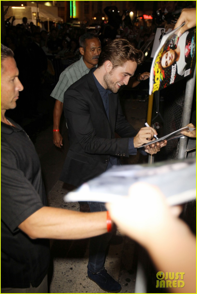 robert pattinson jimmy kimmel live appearance 192707134