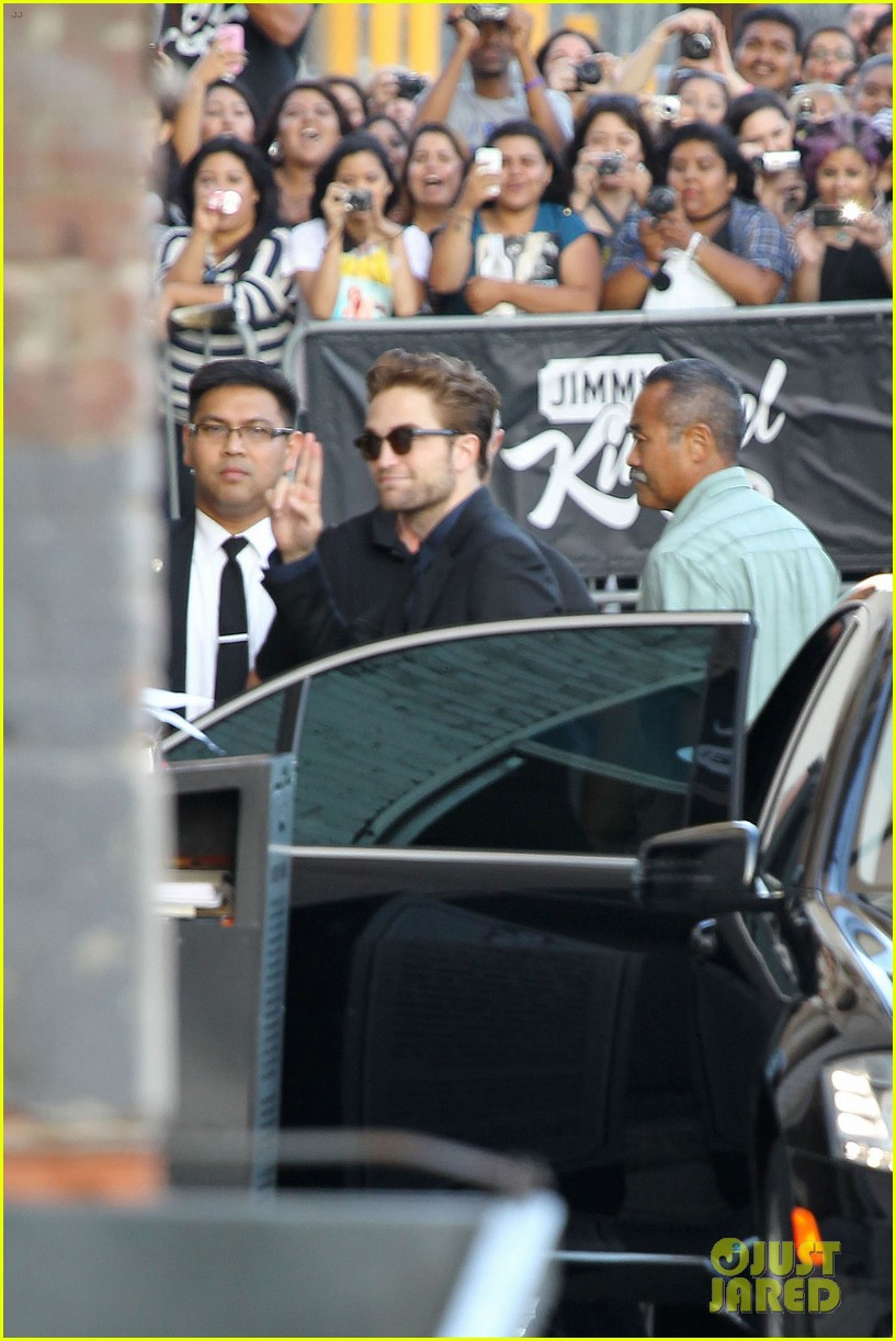 robert pattinson jimmy kimmel live appearance 272707142