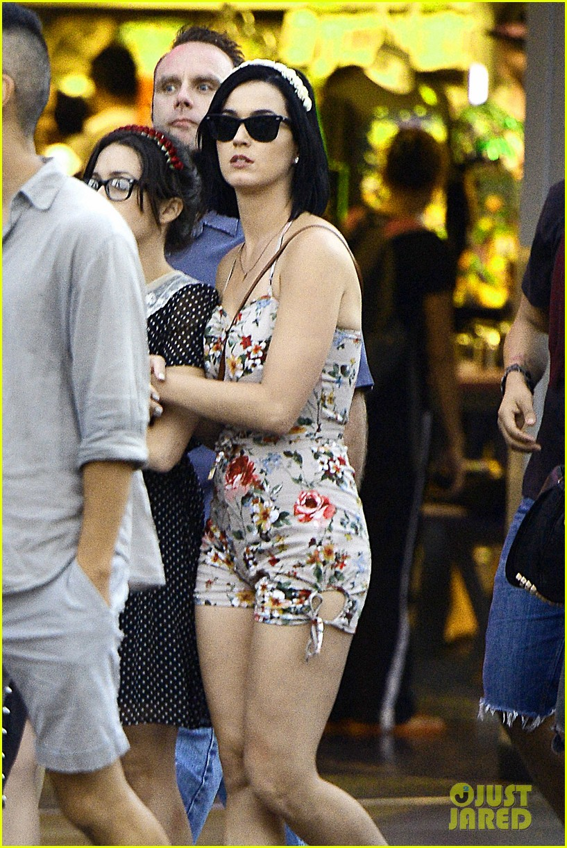 katy perry disneyland with shannon woodward 01