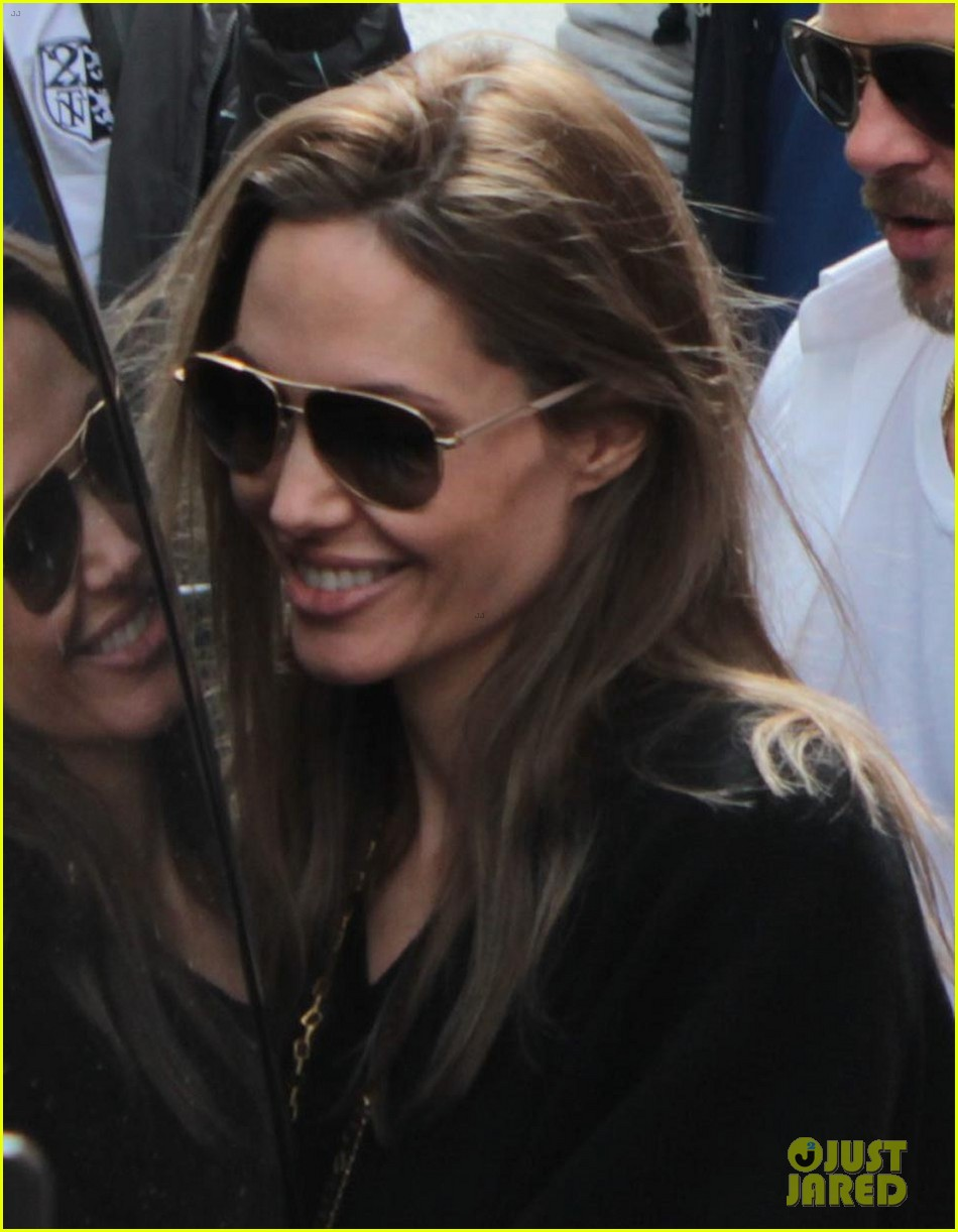 brad pitt angelina jolie le touquet with the kids 042709859