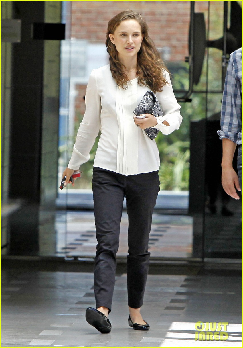 natalie portman back to work after wedding 11