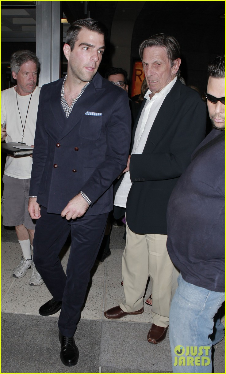 zachary quinto jesse tyler ferguson red opening night 11
