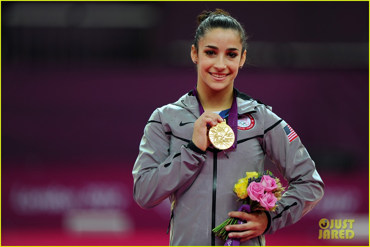 aly raisman jordyn wieber floor exercise finals results 11