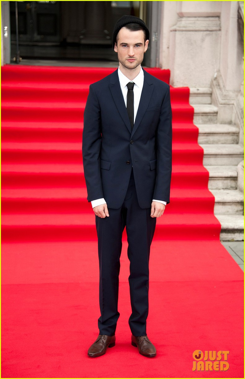 tom sturridge sam riley on the road uk premiere 052703243