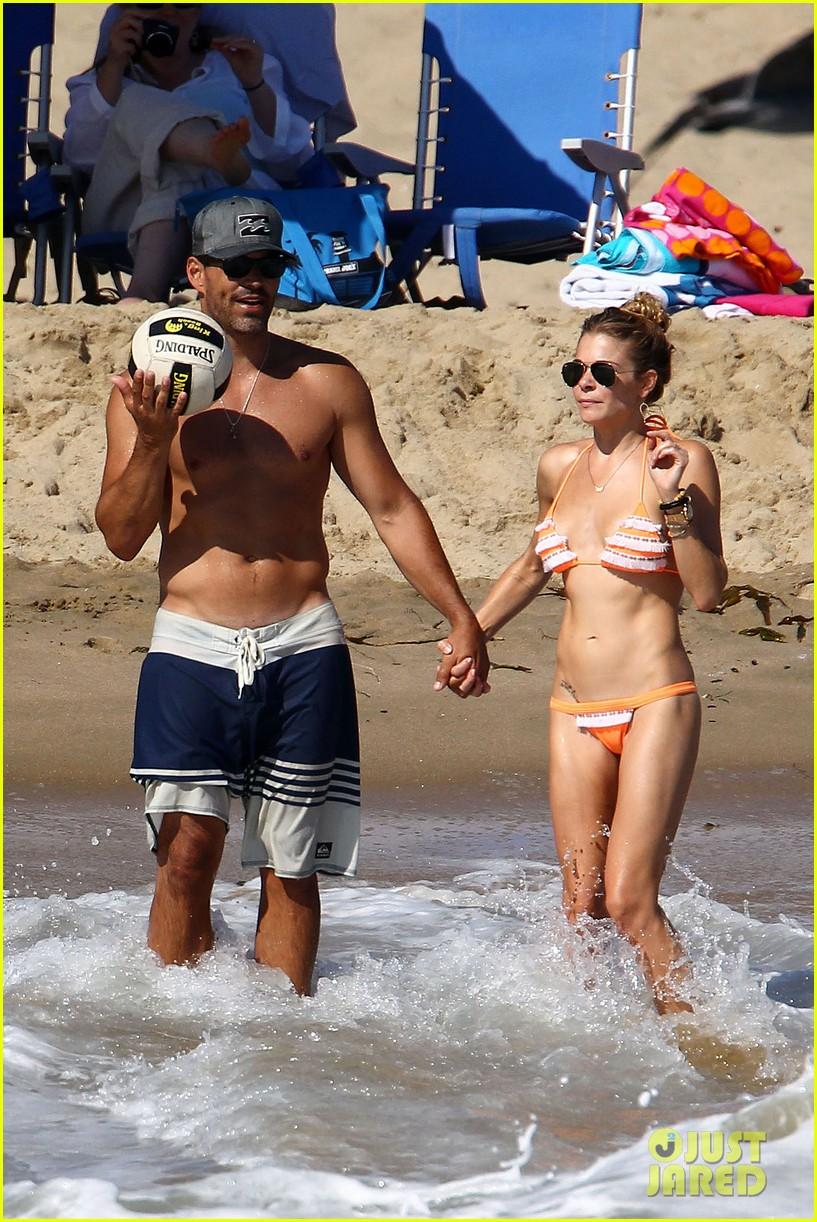 leann rimes bikini beach babe with eddie cibrian 12