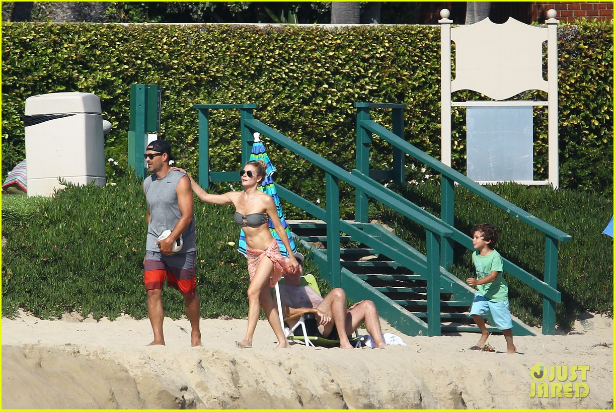 leann rimes bikini beach babe with eddie cibrian 30