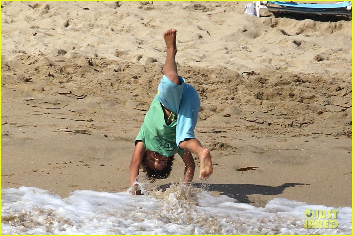 leann rimes bikini beach babe with eddie cibrian 39