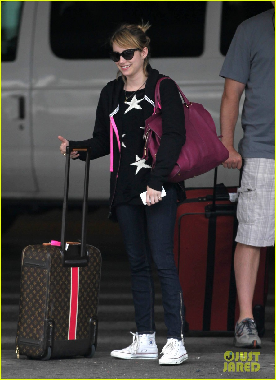 emma roberts starry sweater 072696583