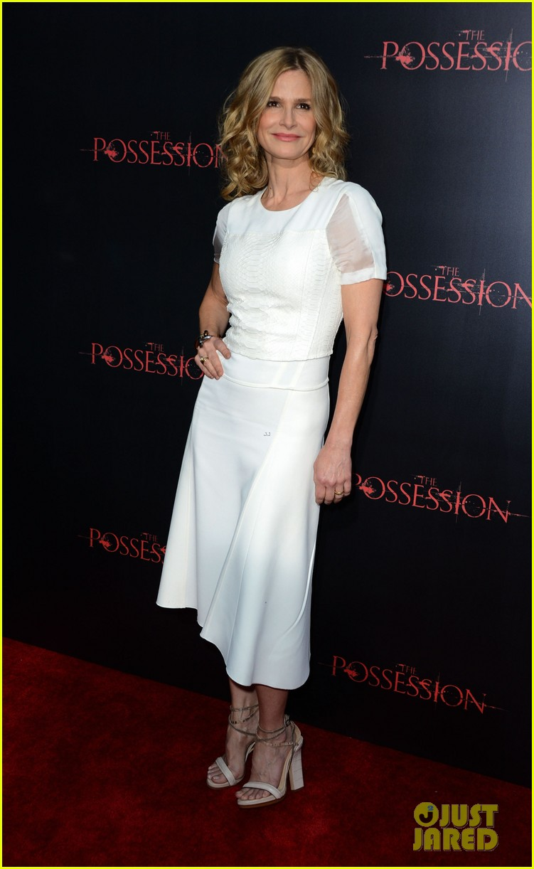 kyra sedgwick possession premiere with jeffrey dean morgan 052710281