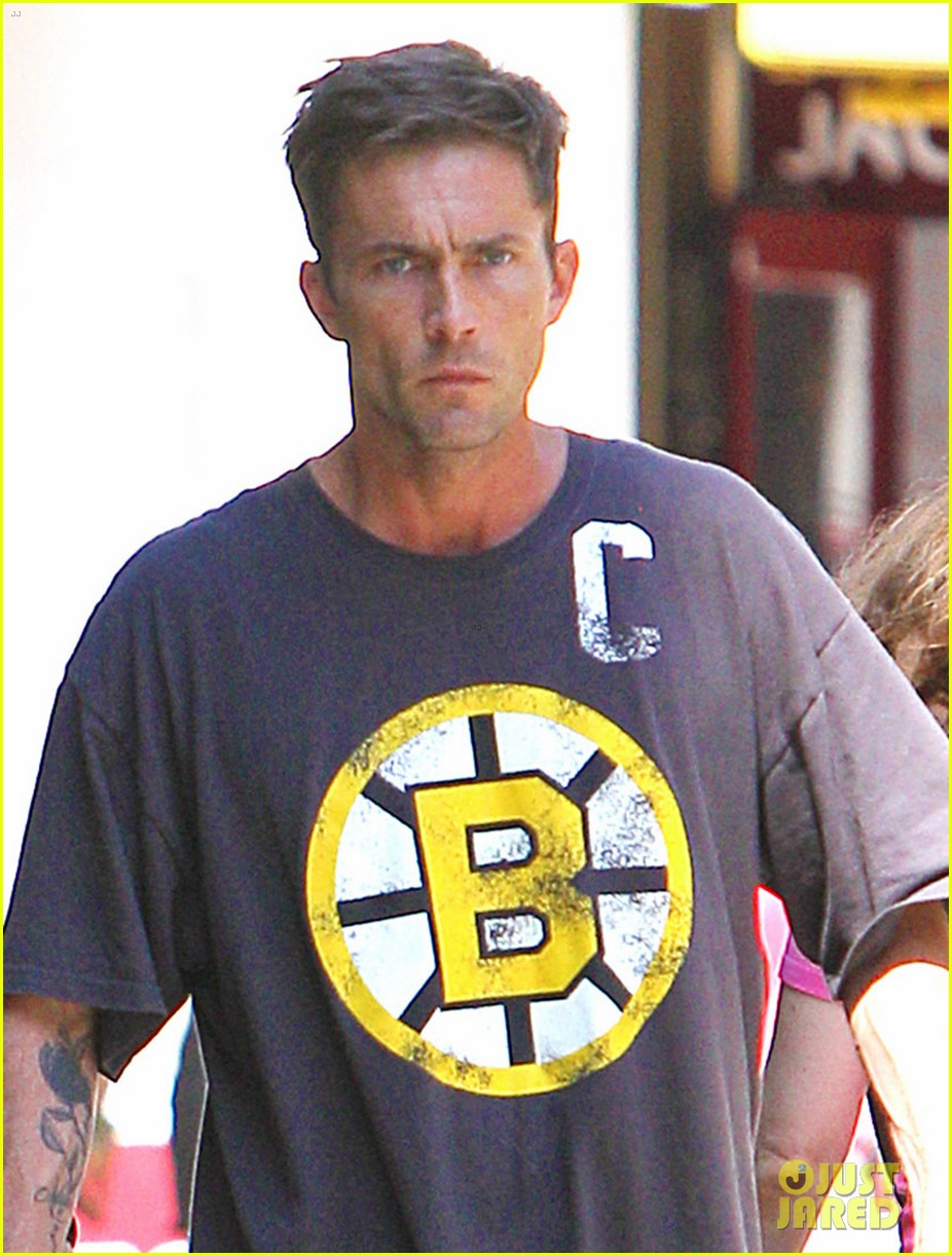 desmond harrington gif