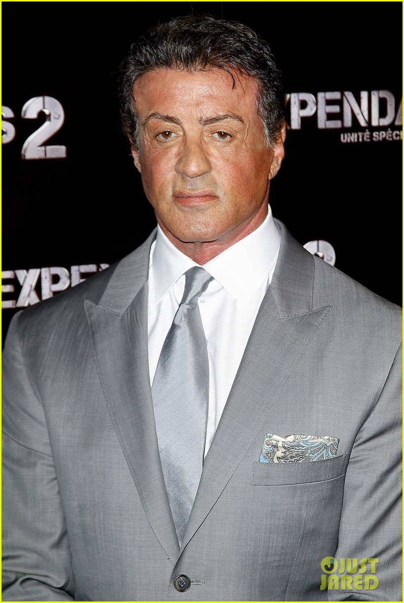 schwarzenegger stallone statham expendables 2 premiere 02