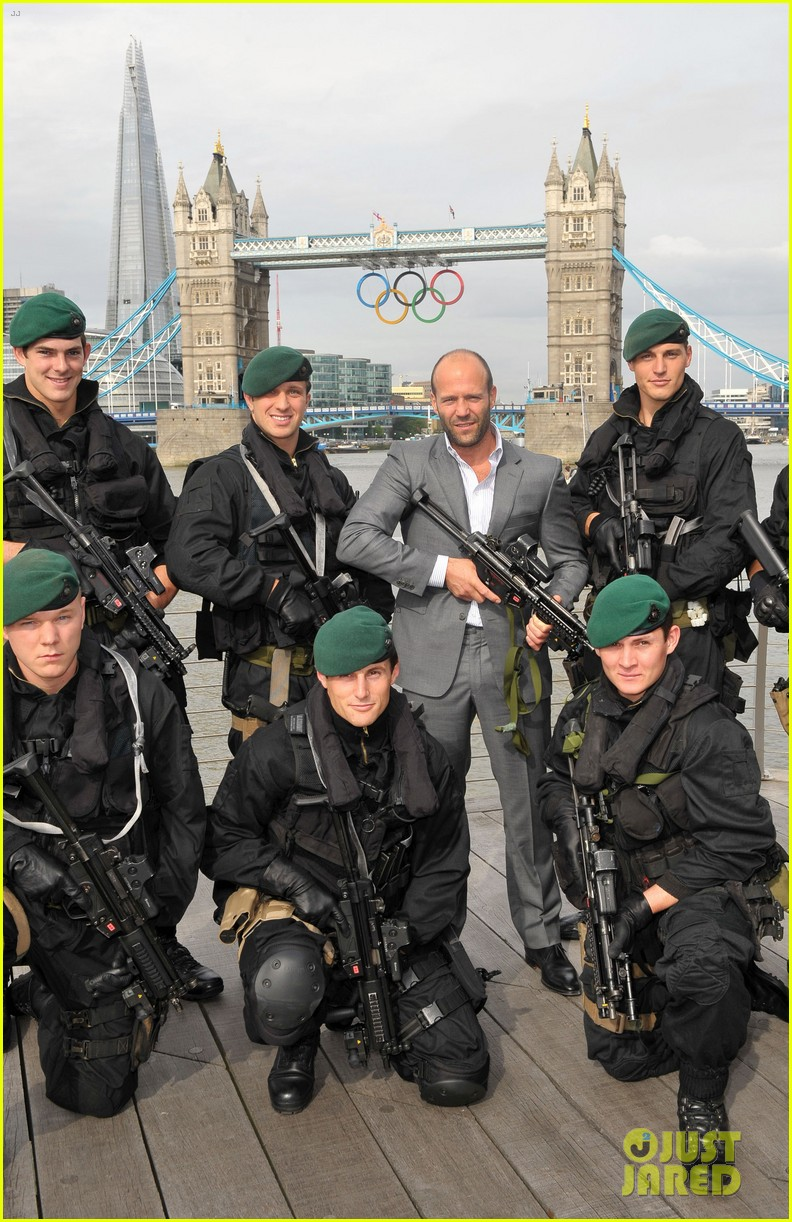 schwarzenegger stallone statham expendables 2 london photo call 042701309