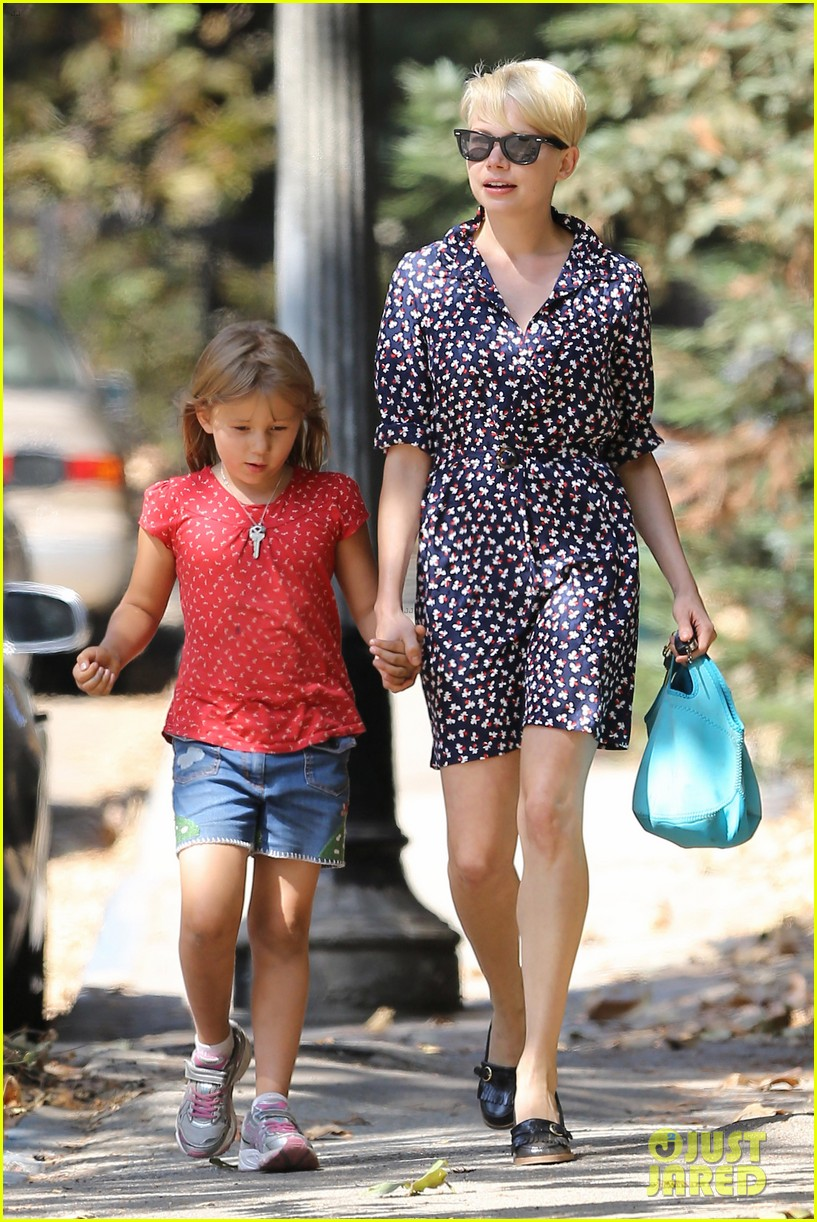 michelle williams summer camp with matilda 04