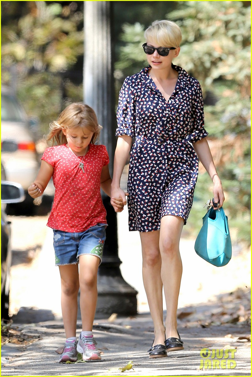 michelle williams summer camp with matilda 06
