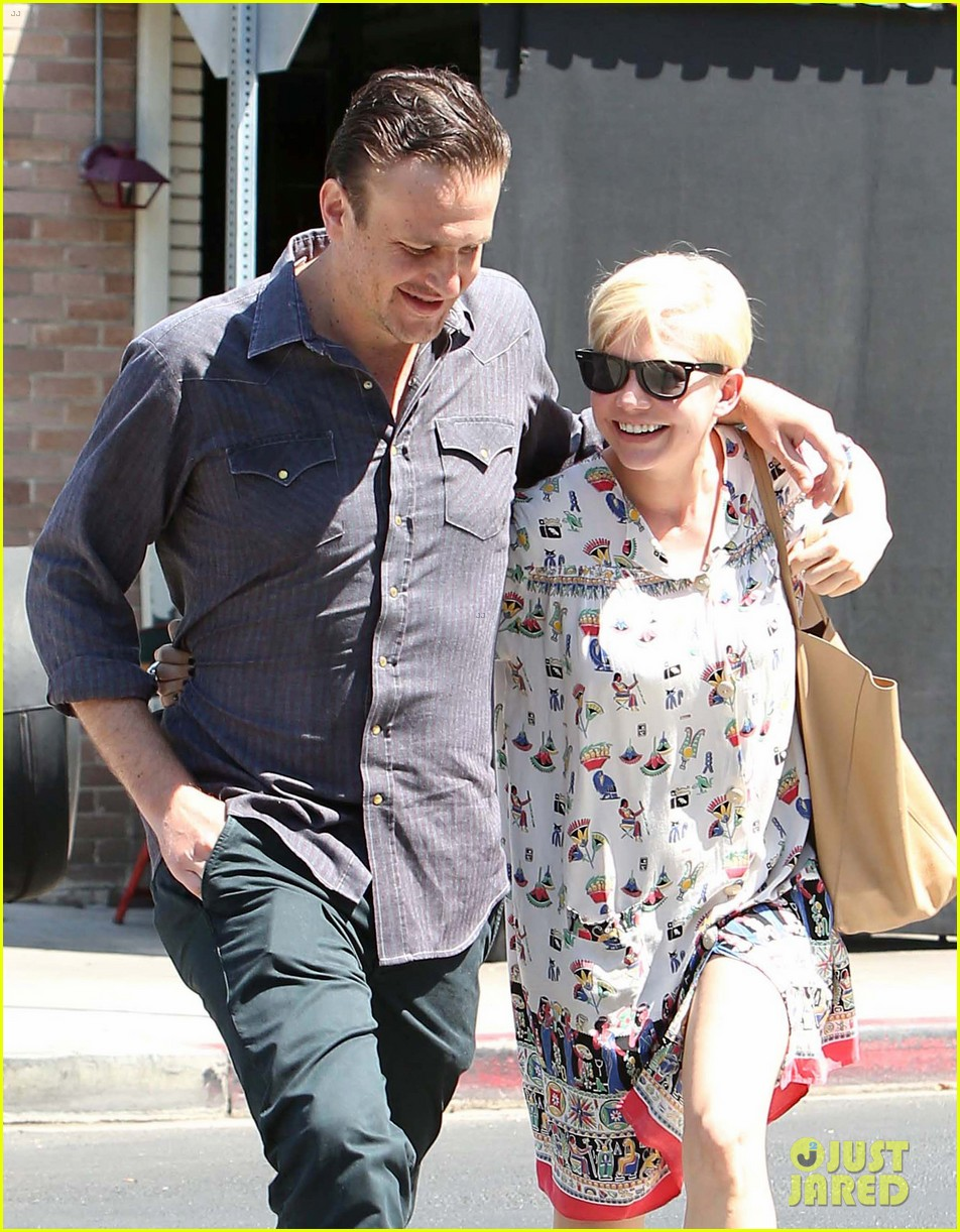 michelle williams jason segel lunch in los feliz 02