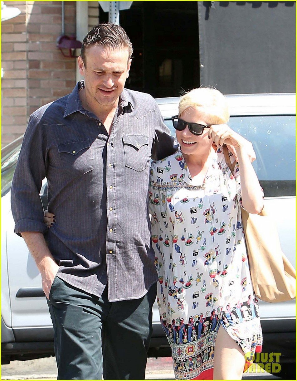 michelle williams jason segel lunch in los feliz 082705483