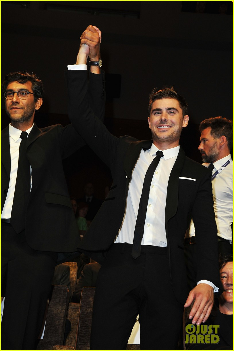 zac efron at any price venice premiere 02