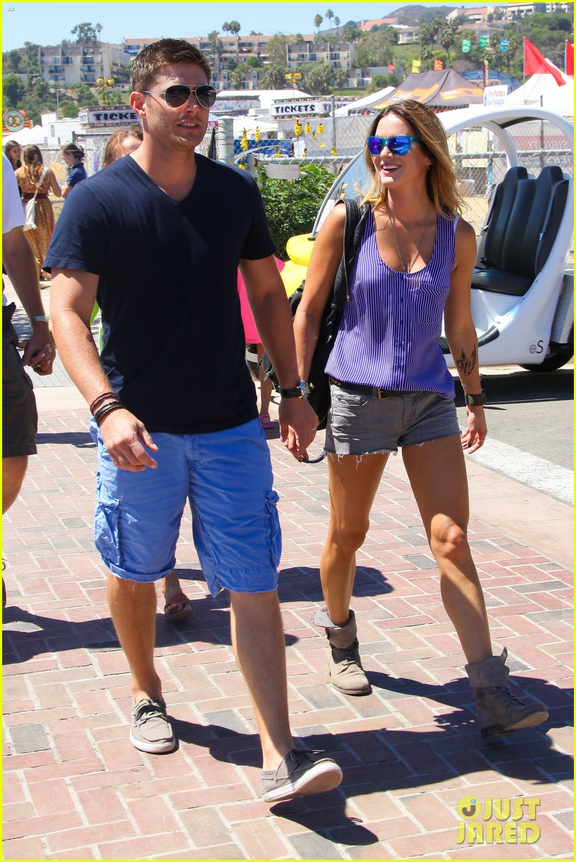 jensen ackles malibu chili cook off with danneel 112713251