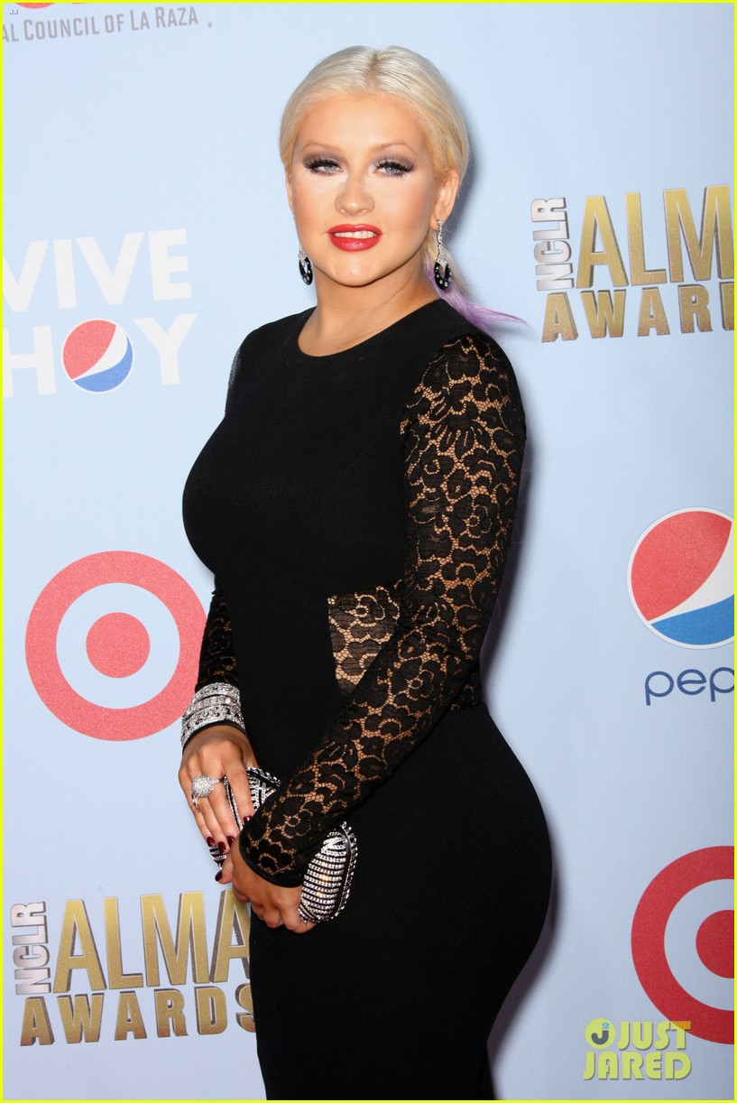 aguilera alma awards 122723206