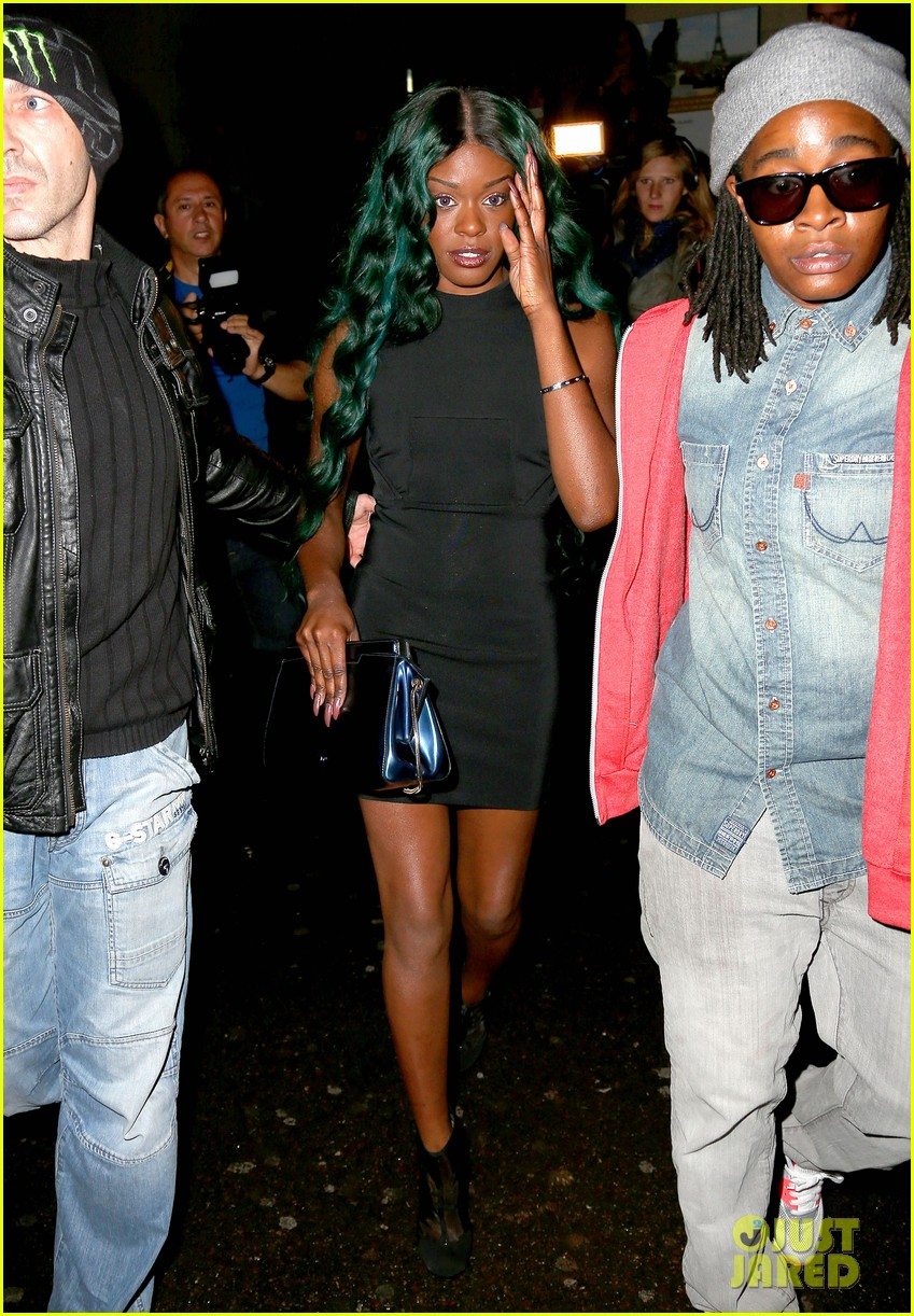 azealia banks green hair at thierry mugler show 032729016