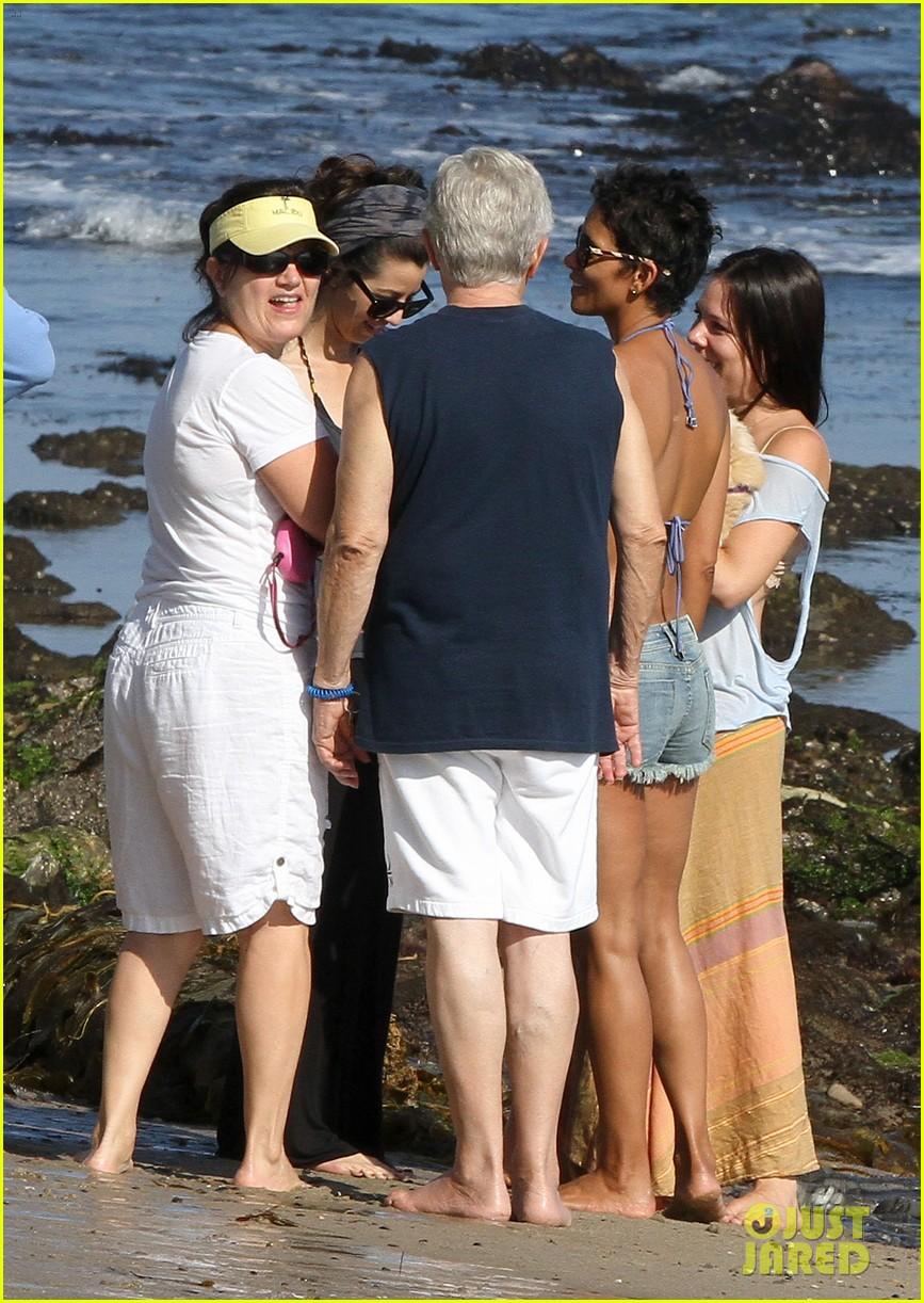 halle berry bikini beach babe 182723591