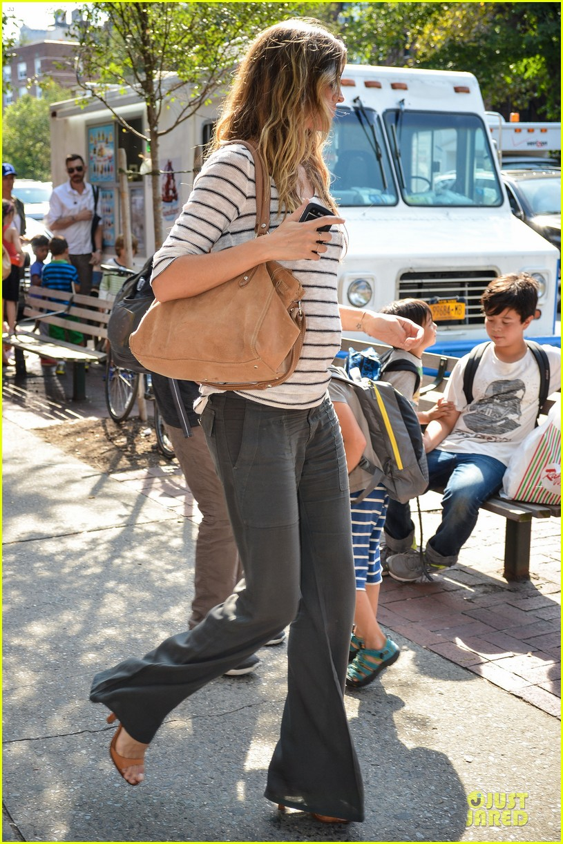 Gisele Baby Bump Gisele Bundchen Baby Bump at