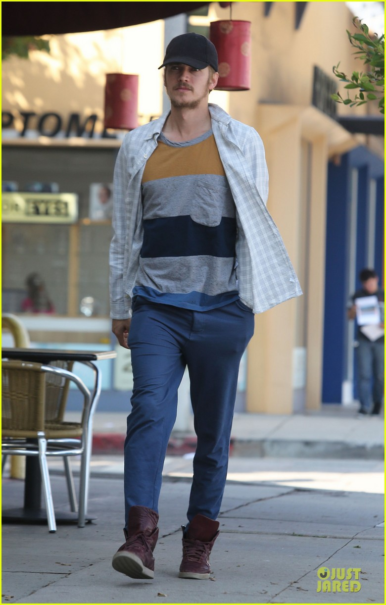 hayden christensen juice run west hollywood 032729387
