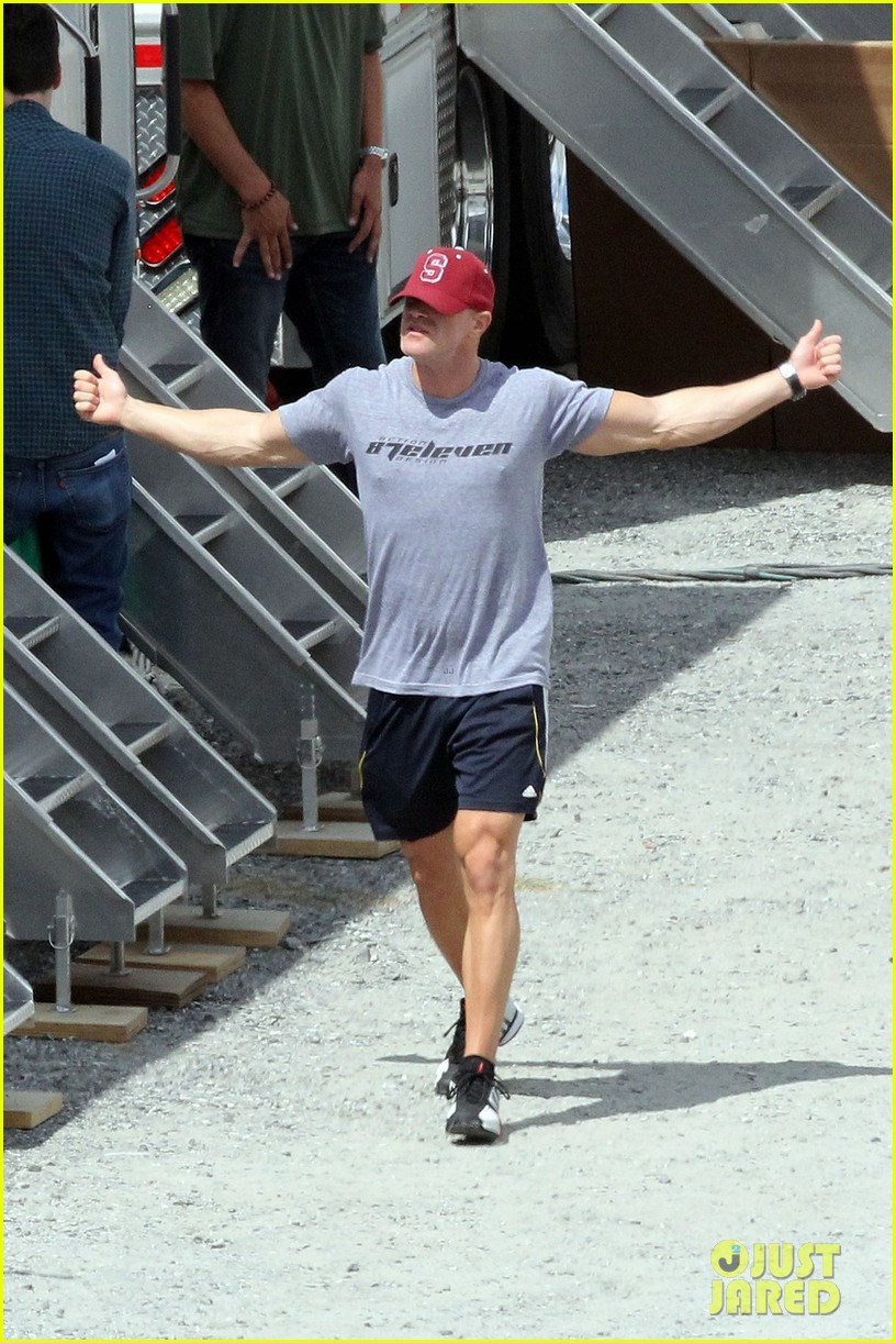 sam claflin jena malone hunger games catching fire set 03