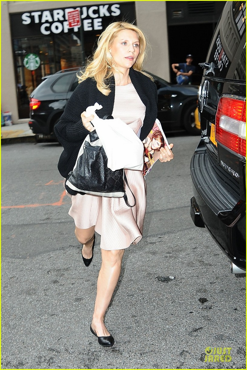 claire danes live with kelly 01