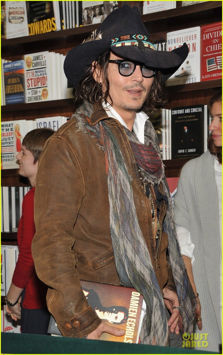 johnny depp damien echols book discussion 042725908