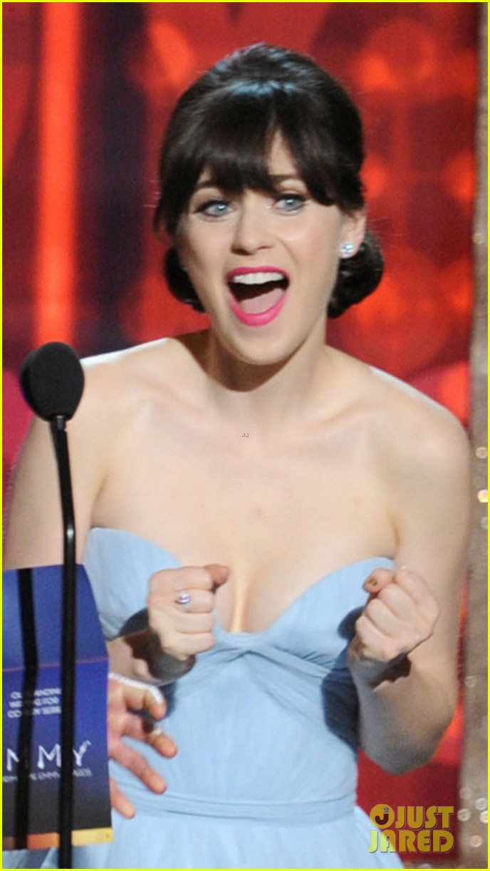 deschanel emmy awards 052727338