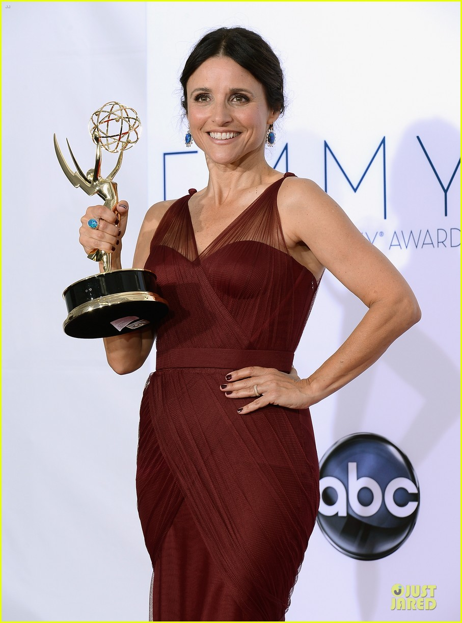 julia louis dreyfus anna chlumsky emmy awards 082727402