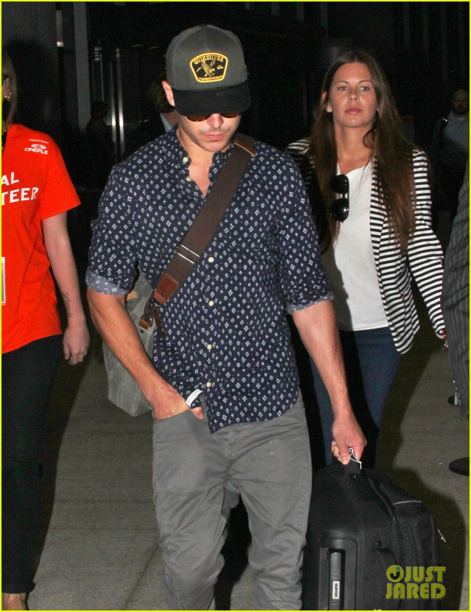 zac efron back to toronto for paperboy premiere 10