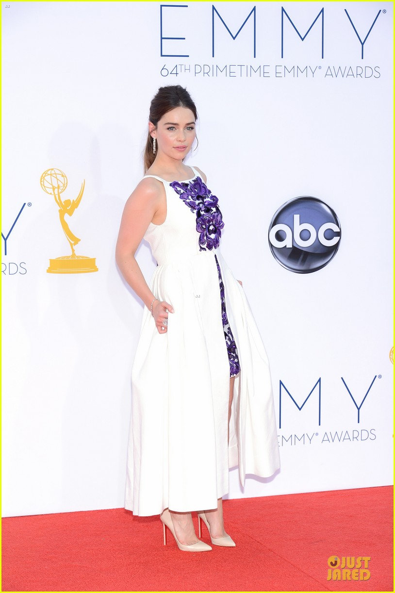 emilia clarke emmy awards 032727435