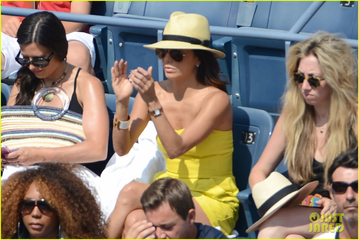 eva longoria cheers serena williams us open 11