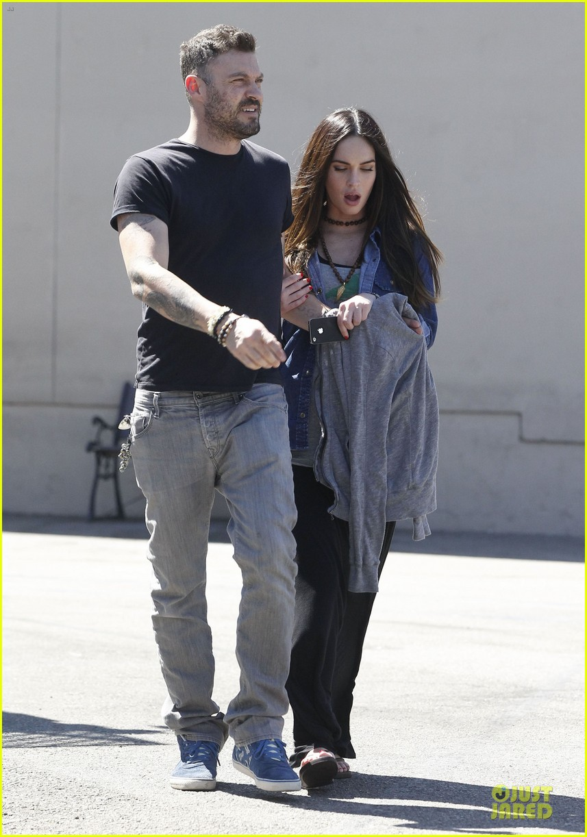 megan fox brian austin green wedding band premiere november 12