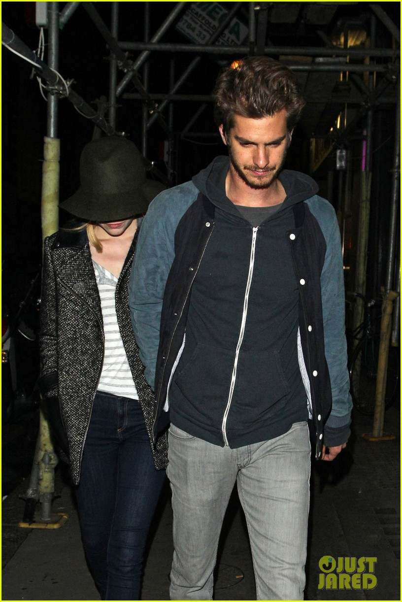 andrew garfield emma stone low profile in london 03