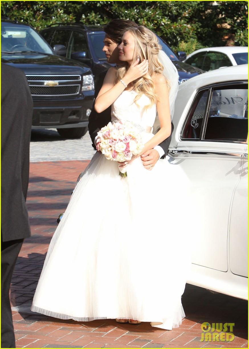 justin gaston weds melissa ordway first wedding pictures 09