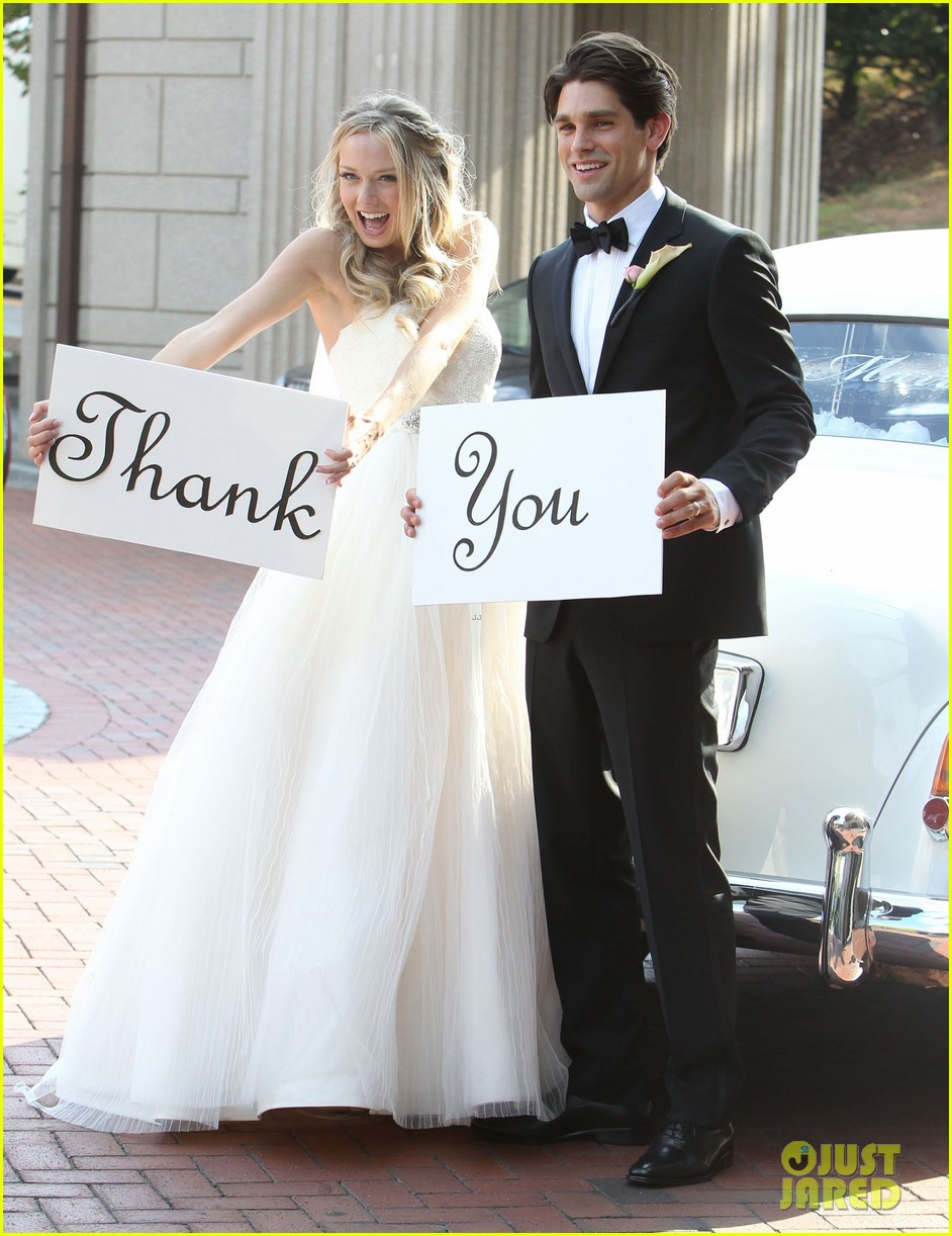 justin gaston weds melissa ordway first wedding pictures 21