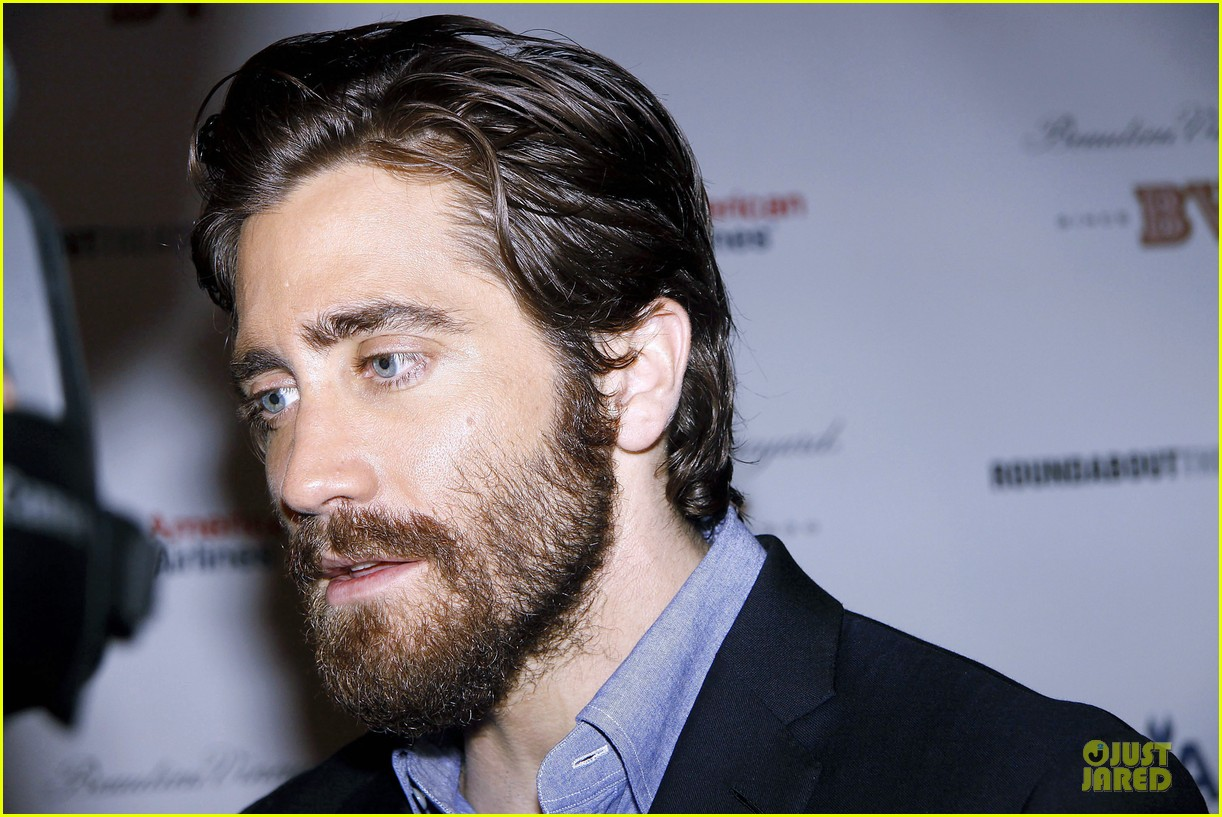 Full Sized Photo of jake gyllenhaal if there is i havent ... Jake Gyllenhaal