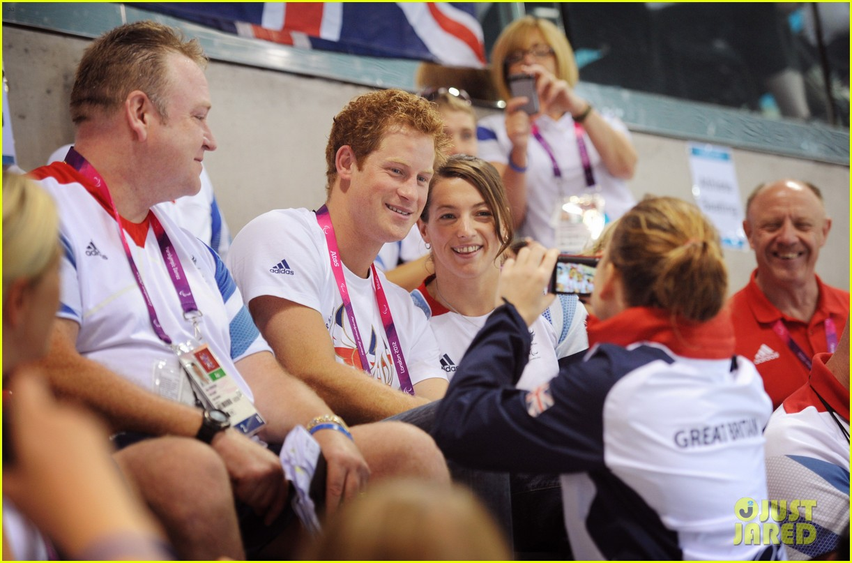 prince harry paralympics swimming spectator 54