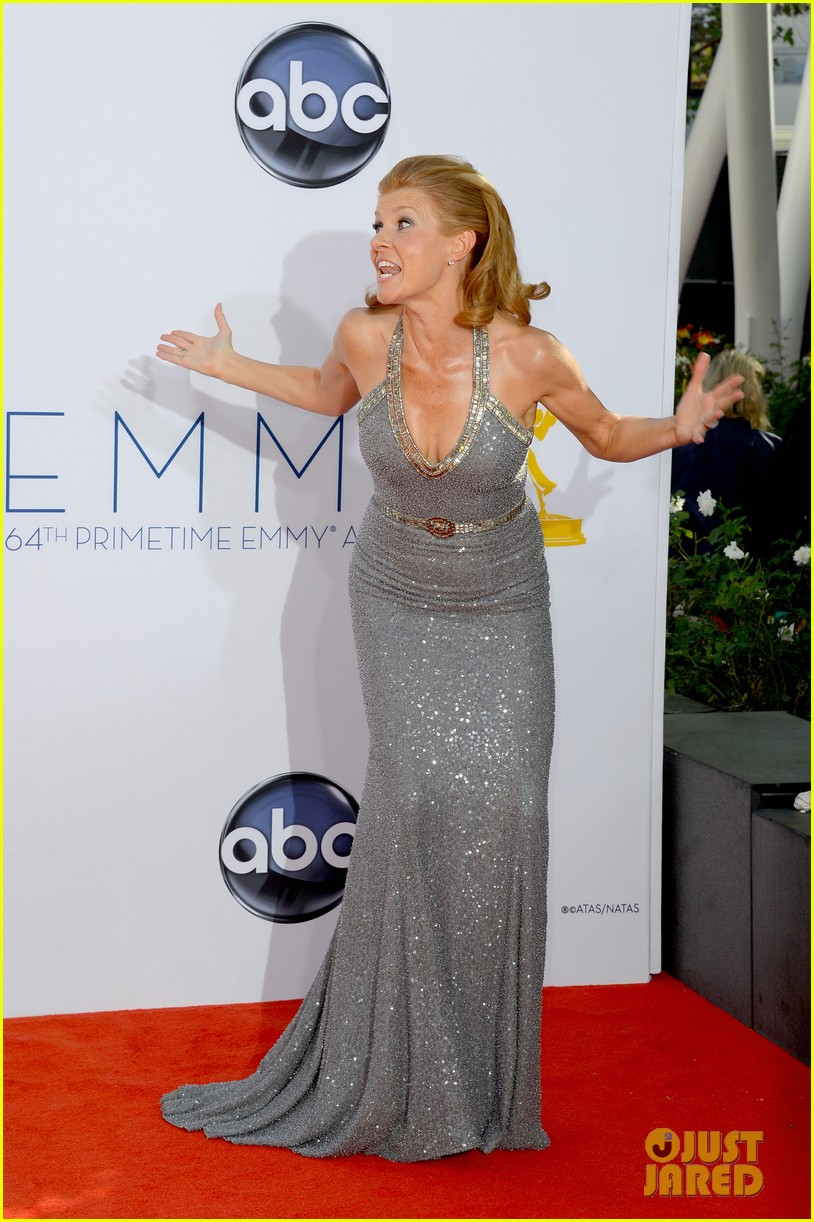 hayden panettiere connie britton emmys 2012 red carpet 042727169