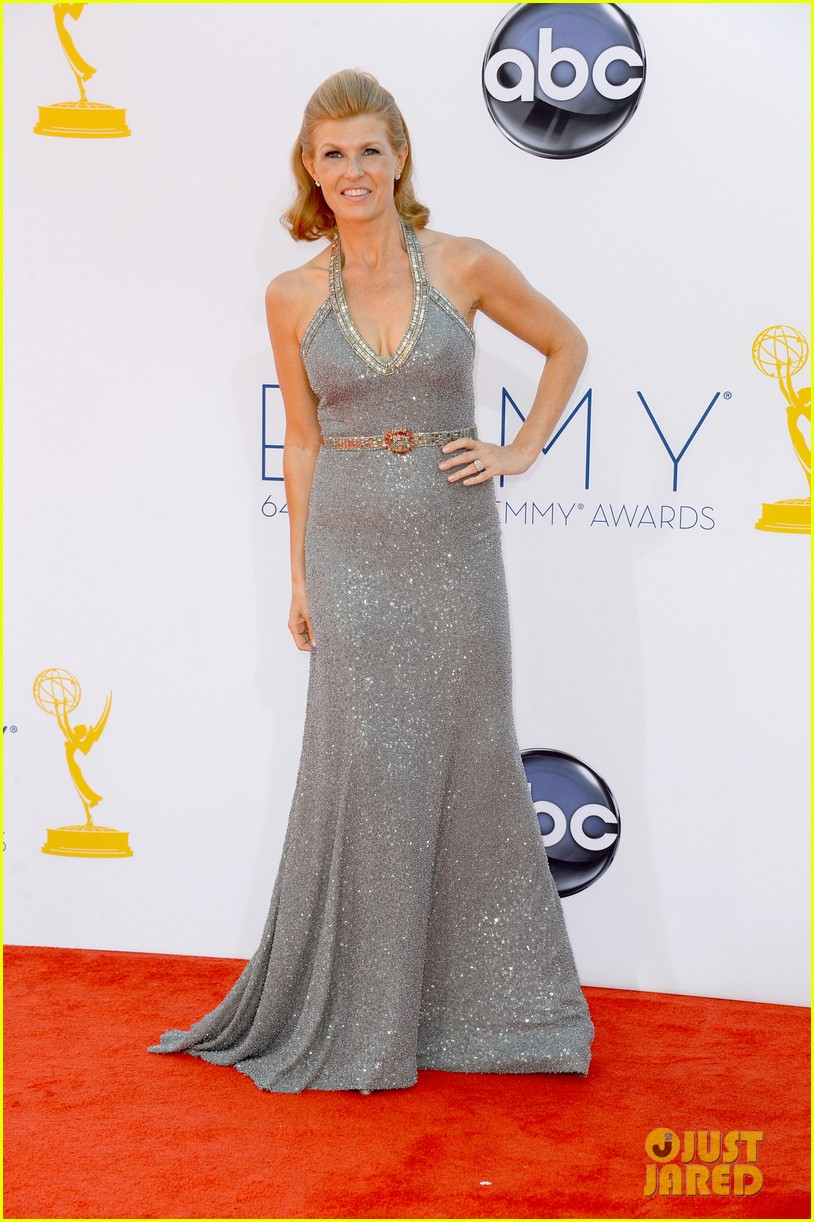 hayden panettiere connie britton emmys 2012 red carpet 082727173
