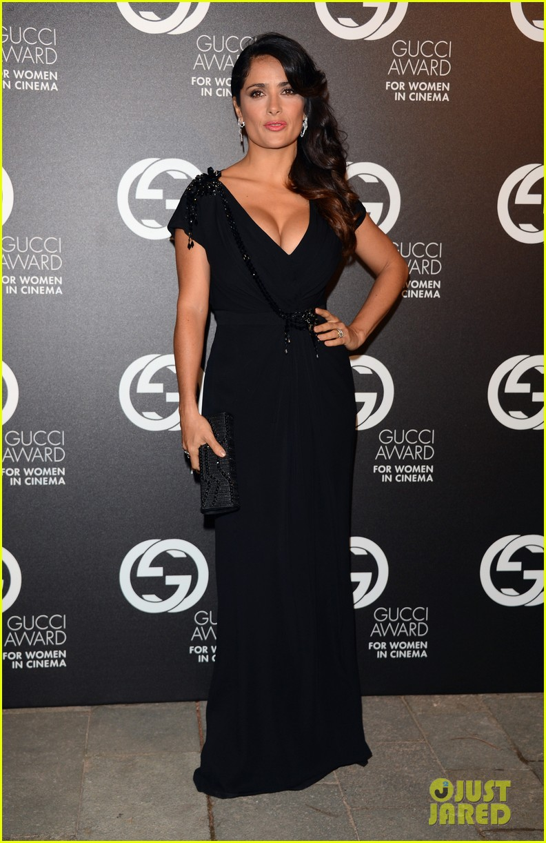 salma hayek gucci awards with francois henri pinault 012712232