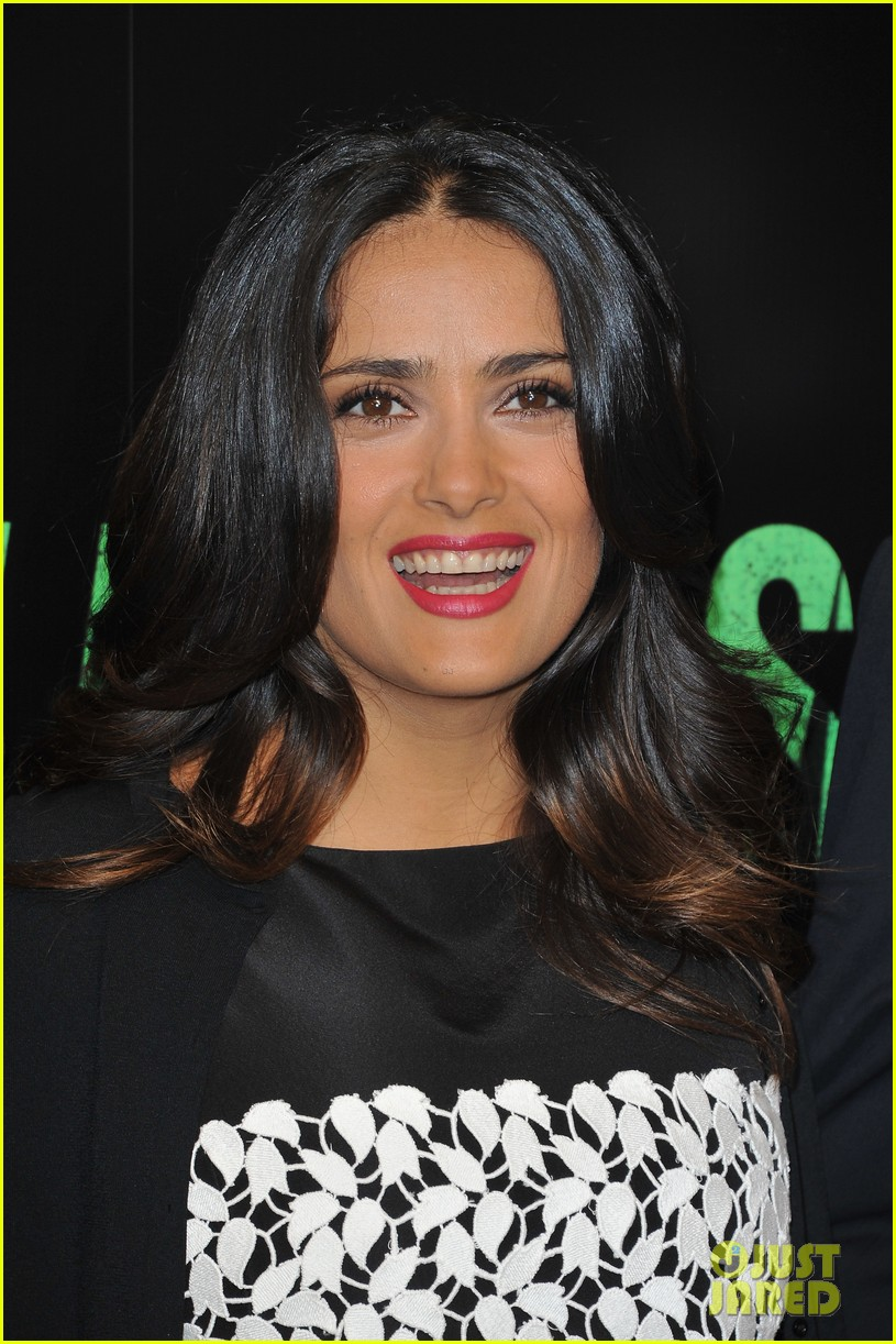 salma hayek savages photo call 10